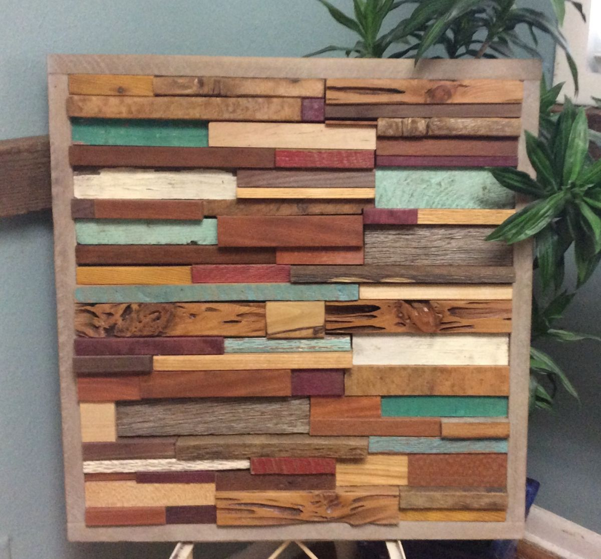 Inject Warmth Into Your Home With Reclaimed Wood Wall: Repurposed Wall Art
